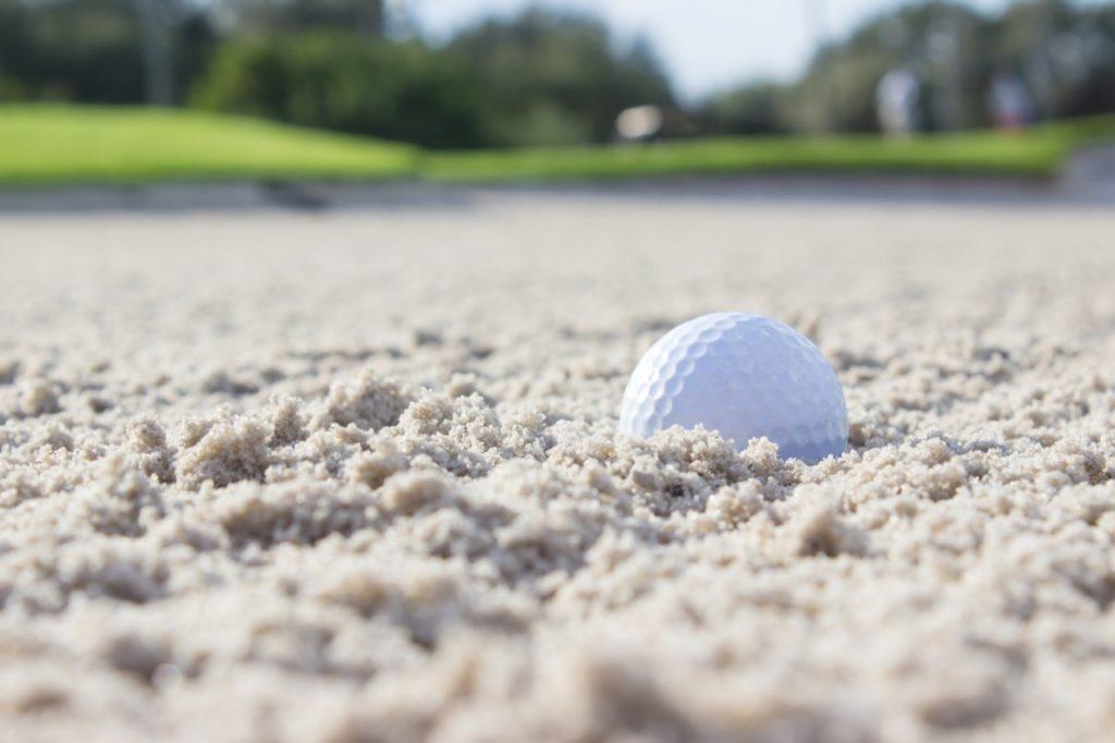 ゴルフ保険でクラブの破損も補償する?初心者こそ加入すべし!