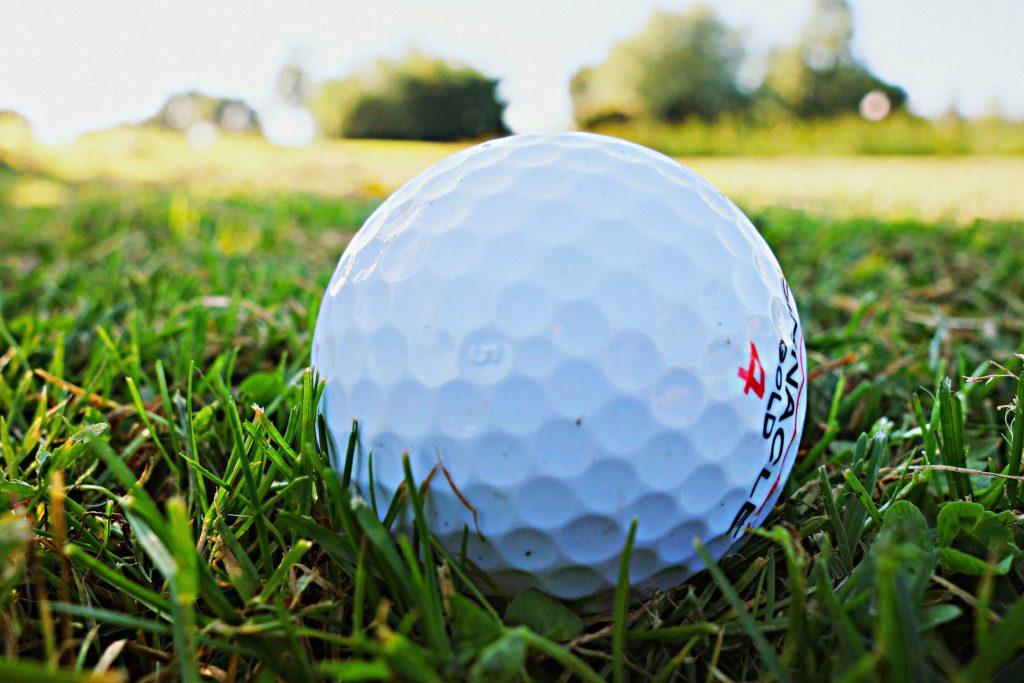 夏だってゴルフを楽しもう!万全の暑さ対策で快適にプレー!