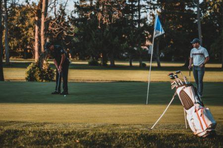 ゴルフ初心者が初ラウンドまでにやるべき効果的な練習法3選!
