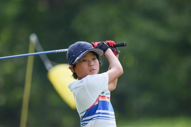 【キッズ・ジュニアゴルフ】何歳から始める?子供のゴルフデビューはいつから?