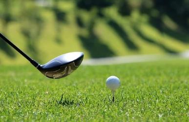 明日はゴルフのラウンド!プレー前日の練習はどうする?