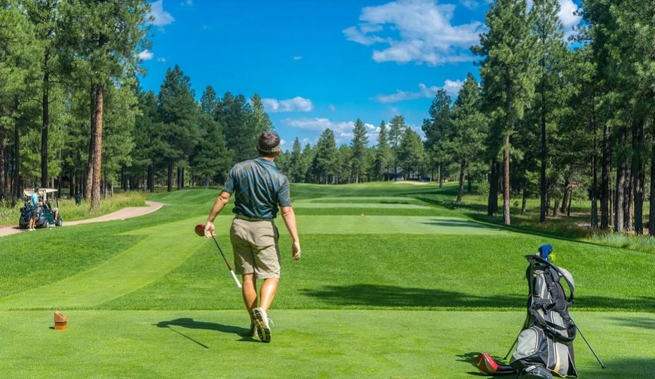 【初心者ゴルファー】ゴルフのグリーン上で気をつけるべき基本マナーは?